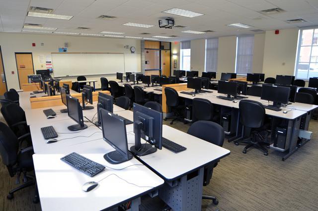 Lakeshore Computer Lab 2