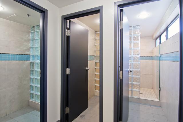 Single Dorm - Bathroom