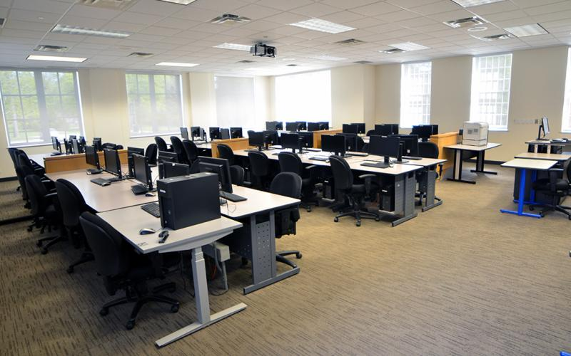 Lakeshore Computer Lab 3