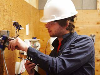 Electrician - Construction and Maintenance Apprenticeship