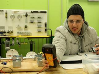 Electrician: Industrial Apprenticeship