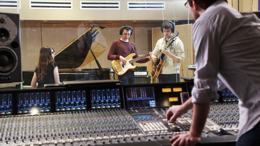 Humber Radio station